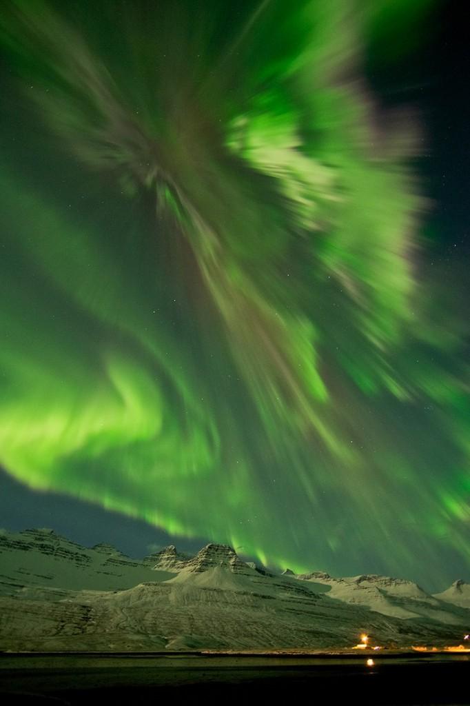 Iceland-aurora-borealis20120308_0016