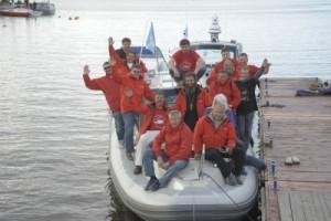 Sura, 10 iunie 2013, participantii la final de pelerinaj naval