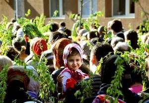 peste-1400000-de-romani-sarbatoriti-de-florii-0